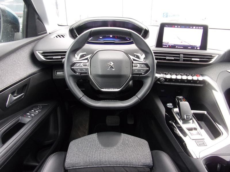 Photo 10 de l'offre de PEUGEOT 5008 2.0 BlueHDi 180ch S&S Allure Business EAT8 à 29750€ chez Courant automobiles